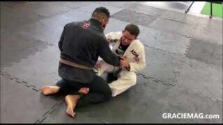 Kaue Cavassani ensina armadilha da guarda de gancho no Jiu-Jitsu